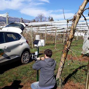Installation d'une station météo EcoD3 en verger de pommiers