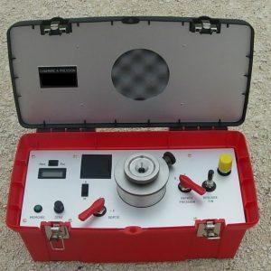Chambre à pression avec manomètre électronique